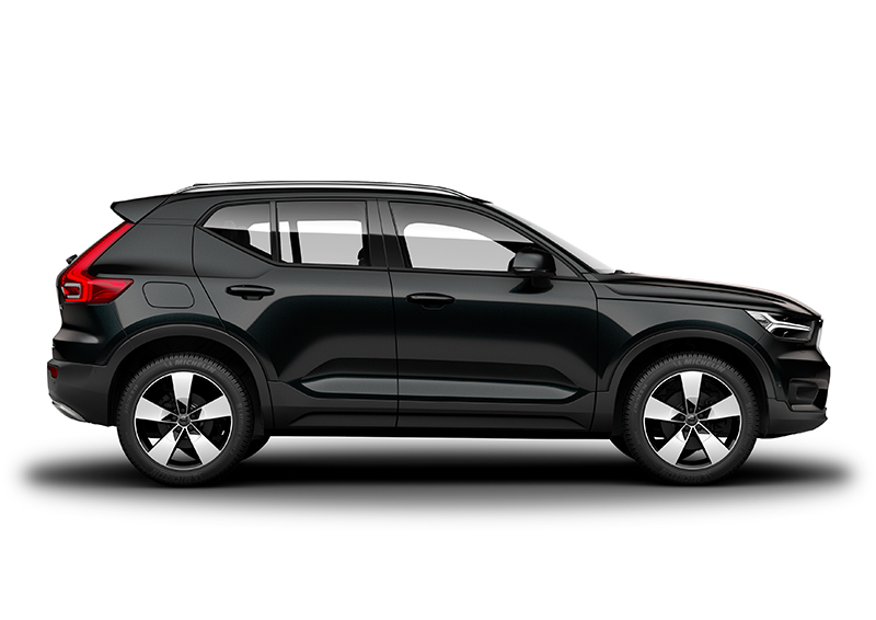 Side Photo Of The Volvo Xc40 Momentum In Onyx Black