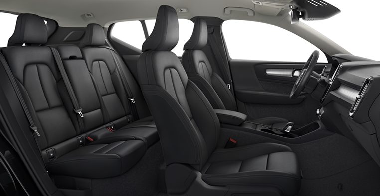 Interior shot of the Volvo XC40 Momentum in Charcoal with Charcoal Leather Seats