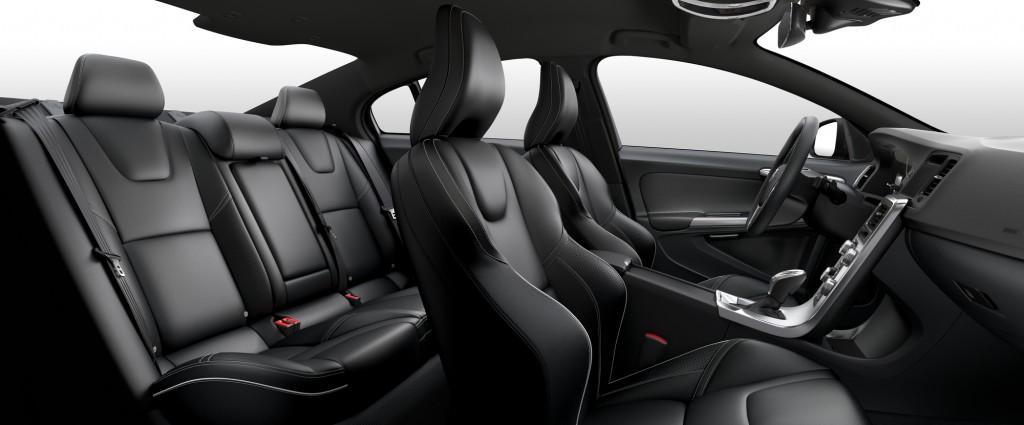 2017_S60_R-Design_3T60_Off-Black_R-des_Leather