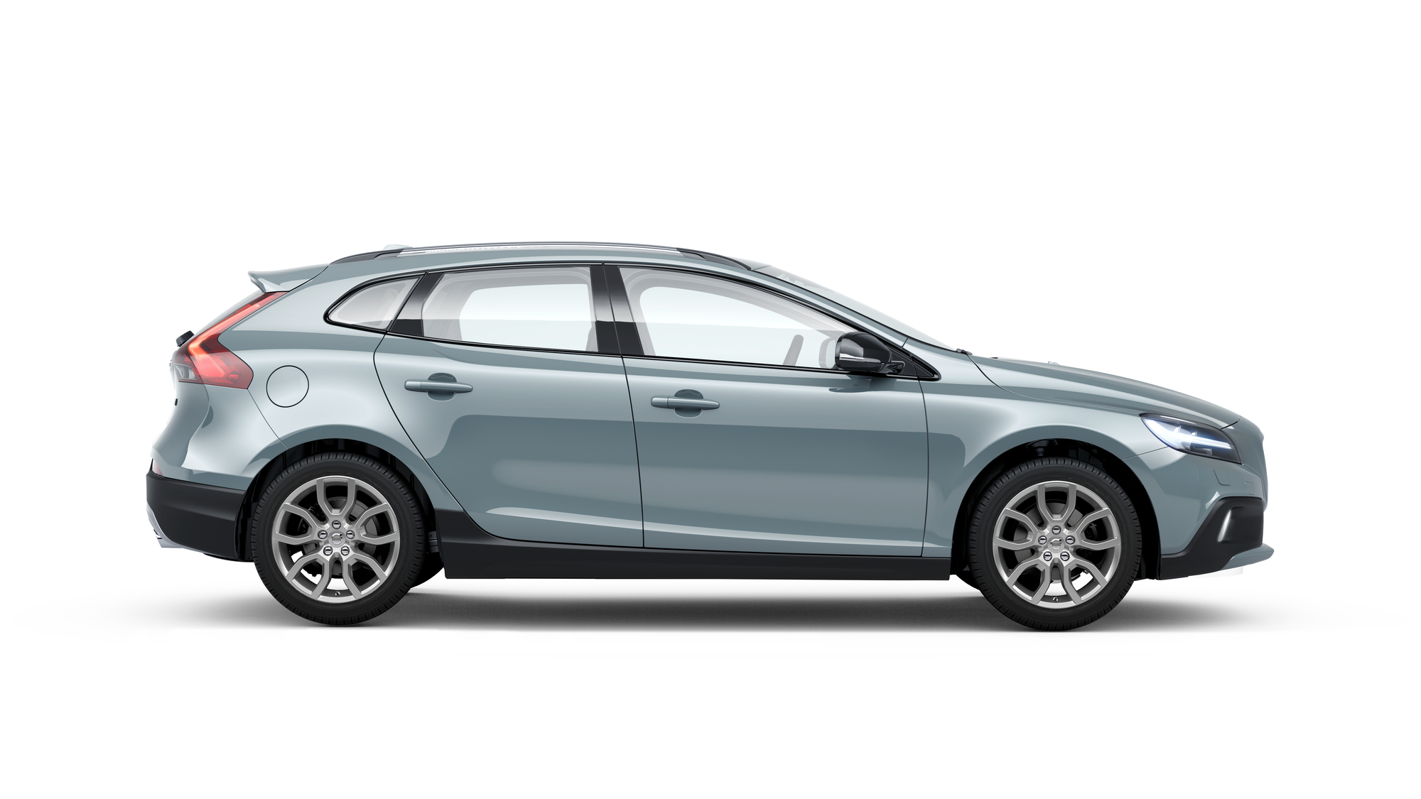 Side photo of the Volvo V40 Cross Country in Amazon Blue