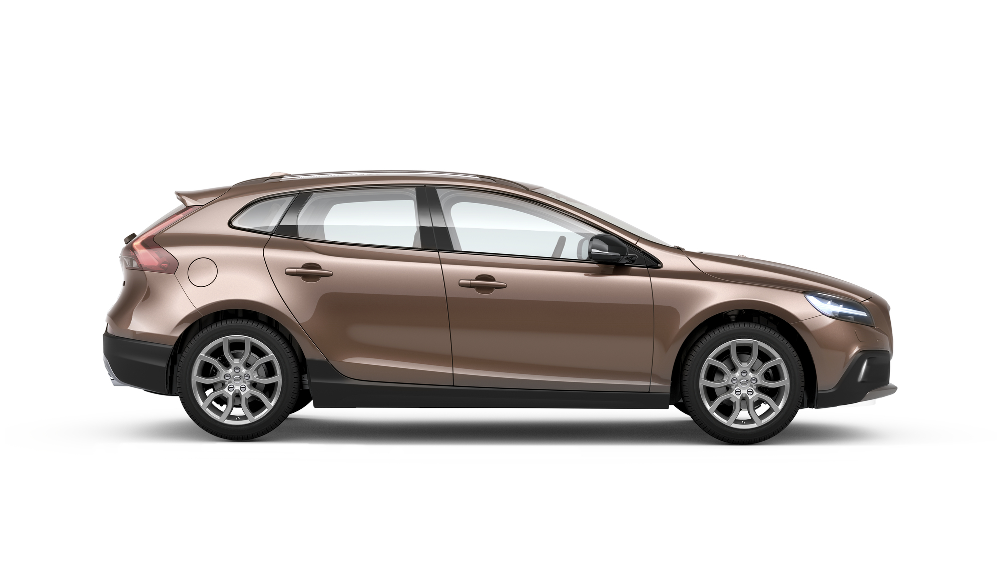 Side photo of the Volvo V40 Cross Country in Raw Copper