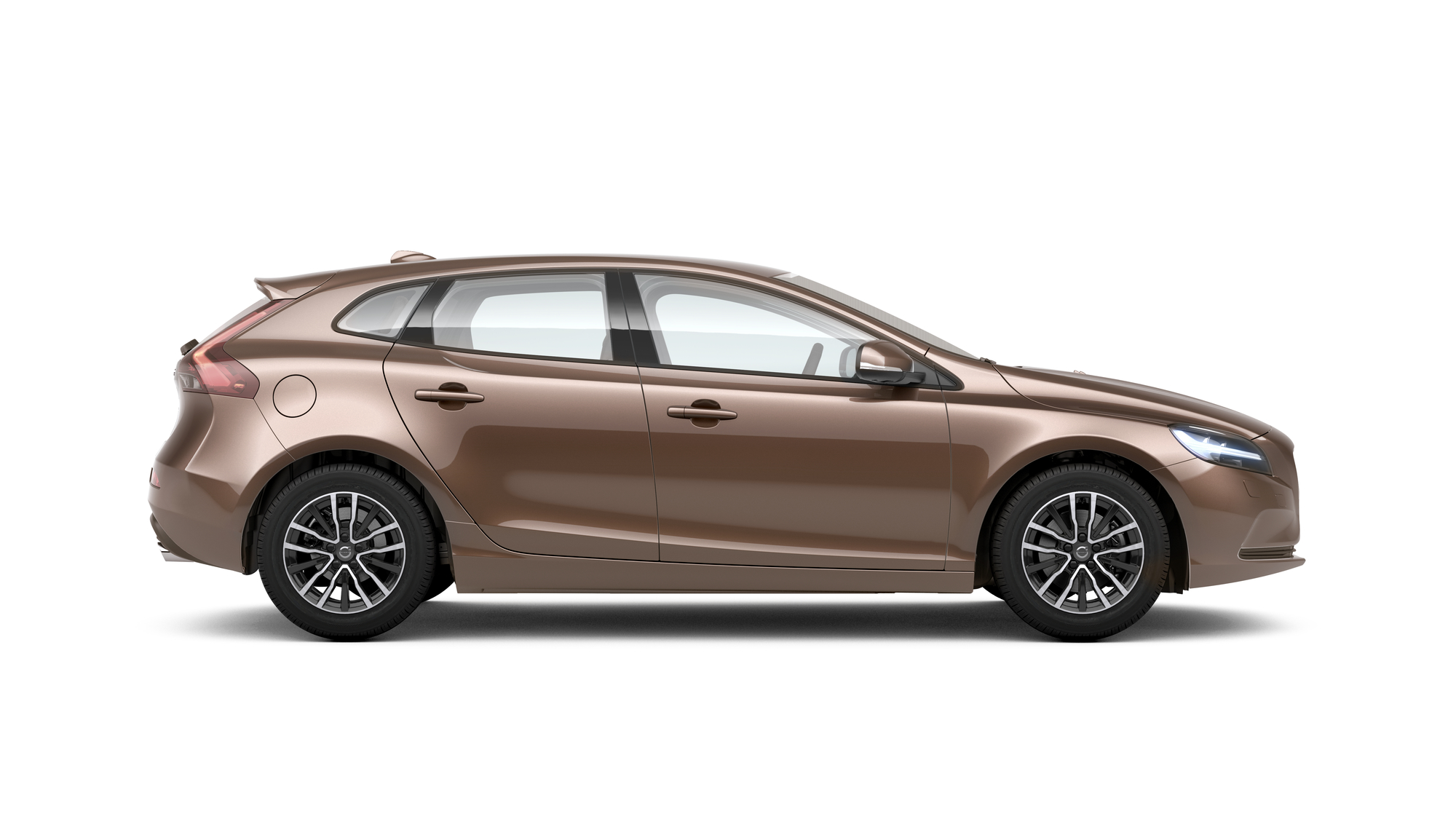 Side photo of the Volvo V40 in Raw Copper