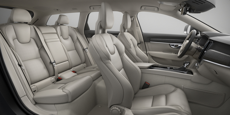 Capitol_Motors_Volvo_V90_CC_WC00_Blond_Perforated_Leather_Nappa_800x400