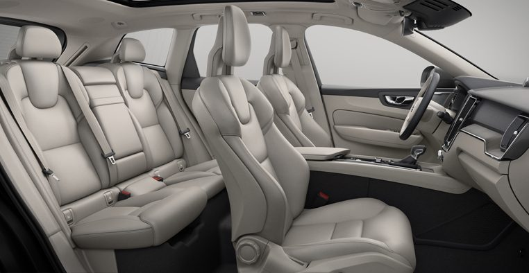 Interior shot of the Volvo XC60 with Moritz Blond / Charcoal Leather Seats