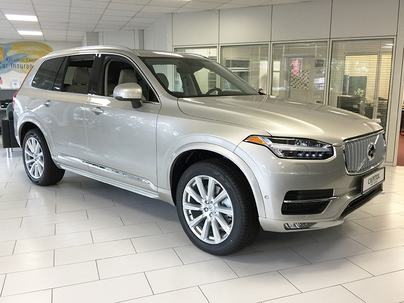 2018 Volvo XC90 T6 AWD Inscription - 1704720 - Capitol Motors