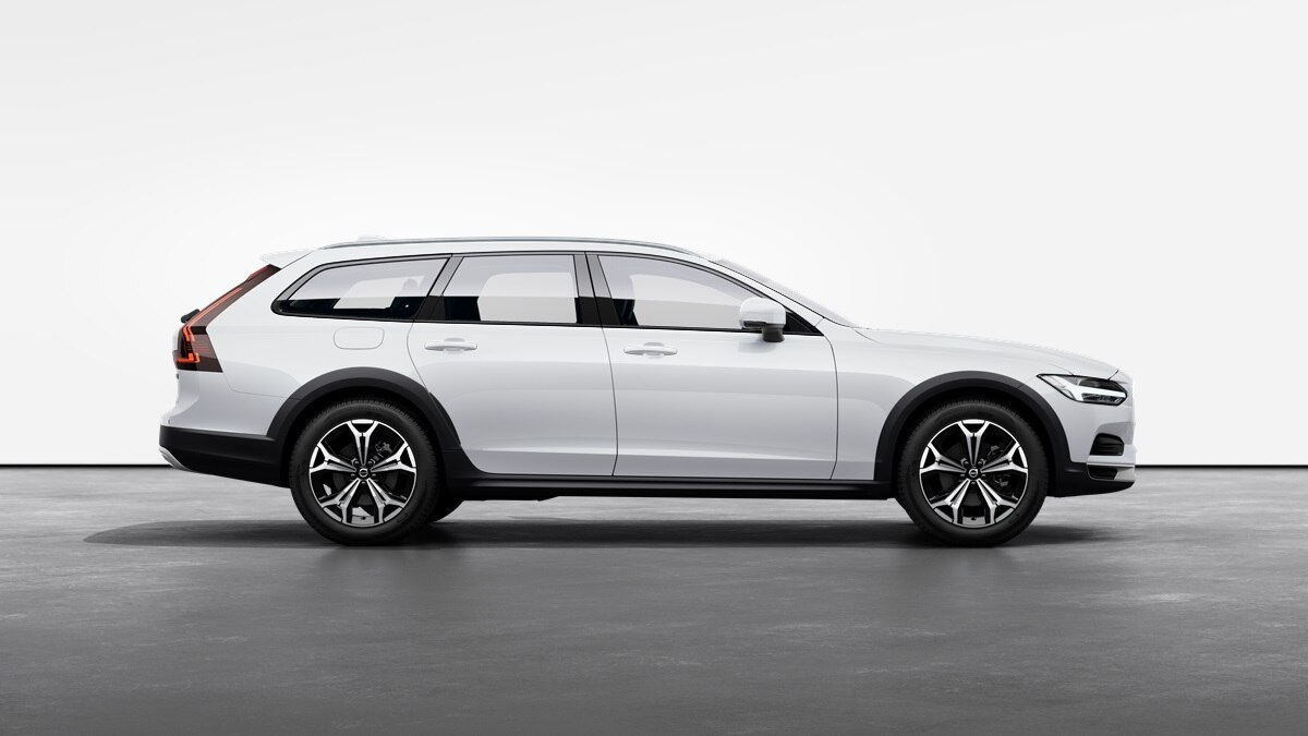 Capitol Motors Volvo V90 Cross Country - Crystal White Metallic